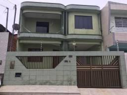 Casa com dois pavimento - Santo Antônio