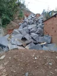 Demolição e desmonte de rocha