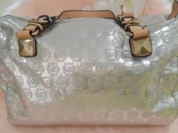 Bolsa Michael Kors original prata usada mas conservada bolsa baú