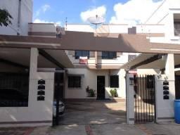 Aluguel- Apartamento de 02 quartos- Flamboyant- Próx. a Av. 28 de Março- Ed. Florença