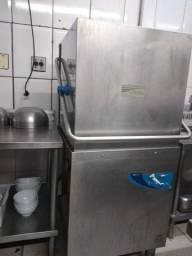 Maquina de lavar louças Hobart muito nova