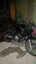 Título do anúncio: Yamaha- Ténéré 250cc (2014)
