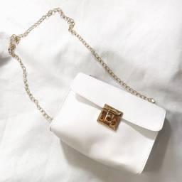 Bolsa branca de corrente