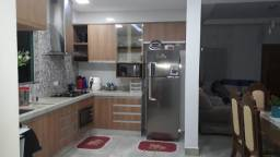 Título do anúncio: Casa com 4 dormitórios à venda, 180 m² por R$ 800.000,00 - Jardim Santa Alice - Arapongas/