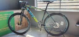 Bicicleta Aro 29 Gt Sprint TAM 19 Shimano Alívio 27 marchas Freios Hidráulicos