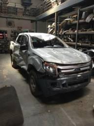 sucata de ford ranger para retirada de peças, especializados em lataria (leia o anuncio)