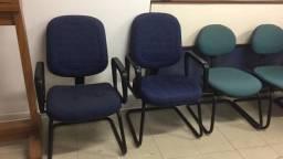 Título do anúncio: Cadeira escritório fixa com braço
