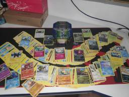 Lote +300 cartas Pokémon SEM REPETIÇÕES