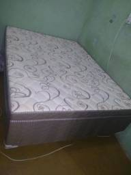 Vendo esta cama negocio o preço