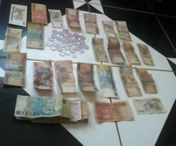 Quem é colecionador tenho 45 notas +30 moeda