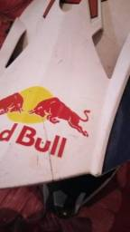Capacete red bull