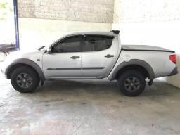Triton 4x4 outdoor 2018 Diesel (pouco rodada) - 2018