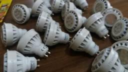 Lâmpadas de cróica led semi novas ( 110 V 6,5.wats ).todas funcionando 20 lâmpadas