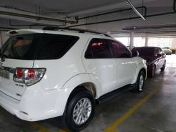 Toyota Hilux sw4 Disel SRV 4x4v ano 2013