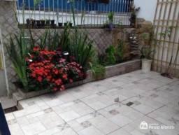 Casa com 2 dormitórios à venda, 150 m² por R$ 270.000,00 - Centro - Poços de Caldas/MG