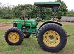 Trator Agrícola John Deere 5603 ANO 2010