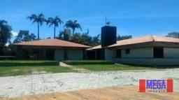 MANSÃO COM TERRENO DE 7.700M²