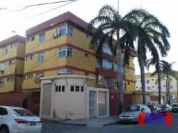 Apartamento com 3 dormitórios à venda, 97 m² por R$ 220.000,00 - Jardim América - Fortalez