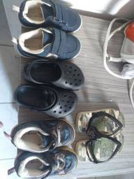 2 sapatos 2 sandálias