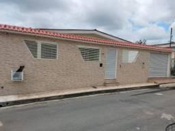 Casa Conj Castelo Branco - Parque Dez, 4 quartos