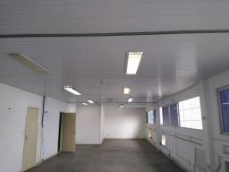 Galpão com 4489 m2 de piso
