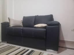 Sofa tokstok couro legitimo preto