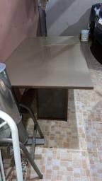 Vendo mesa somente a mesa