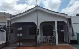 Aluga-se casa grande em icoaraci com quintal , Andradas n°84 entre Primeira e Segunda Rua