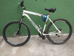 Bicicleta aro 29 e quadro 19 track