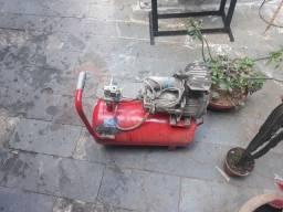 Compressoor 25 litros 400 reais funcionando normal aneis pistao novos