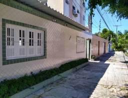 [AL742] Casa Residencial com 2 Quartos. Em Boa Viagem !!