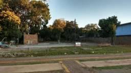 Terreno para locação na Av. Felipe W.