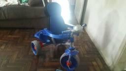 Triciclo Bandeirantes confort