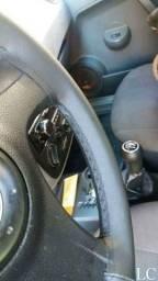 Capa de volante costura-se no local