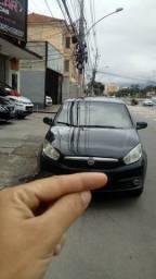 Grand Siena 1.4 ex táxi 2013 pequena entrada aprovação imediato - 2013