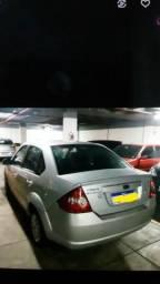 Fiesta sedan 2010 - 2010