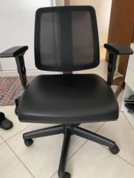 Cadeira cavaletti giratória
