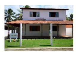 Casa à beira mar, 4 ¼, dois pavimentos, condomínio residencial fechado.