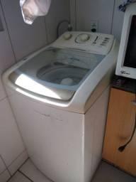 Vendo máquina de lavar com defeito.