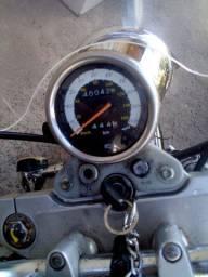 Moto custon 250 cc