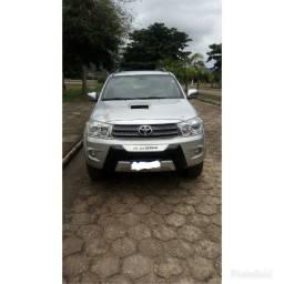 Vendo ou troco Hilux SW4 SRV 3.0 Diesel Automático 2010/2011 7 lugares