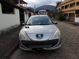 Peugeot 2010 completo