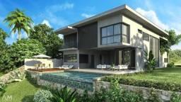 Casa em condomínio fechado, 4 suítes com energia solar