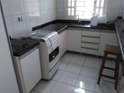 Título do anúncio: Linda casa com 2 quartos, na rua Dr. Aldo Fernandes - AZA5889