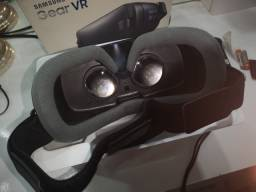 Óculos de Realidade Virtual Samsung Gear VR com controle