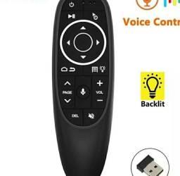 Controle com comando de voz e mouse