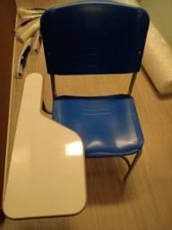 Cadeira universitária Policarbonato
