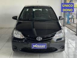 Título do anúncio: Toyota Etios Sedan 1.5 X manual 2014 Único dono