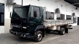 Caminhão ford 712
