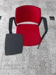 Vendo Cadeiras em polipropileno preto